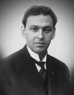 2 мая 1884 года родился Деметриус Платон Семелас