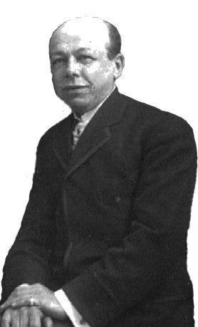 30 мая (согласно другим источникам – 31 мая) 1860 года родился Эдуард Блитц