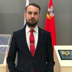 Александр Оленин